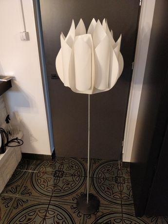 Lampa Ikea KNAPPA stojąca