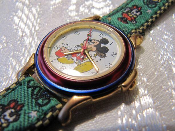 Детские часы, новые, механизм Miyota (Япония)