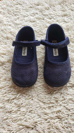 Sapatos de nenina - Vitoria - tananho 23
