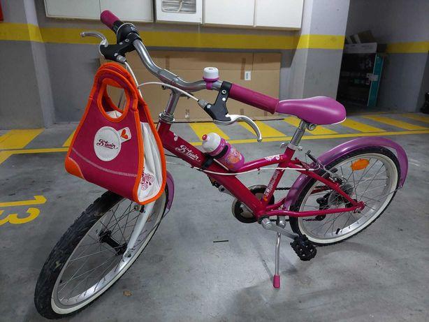 """Bicicleta de criança roda 20"""" excelente estado."""
