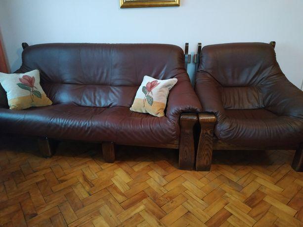 Komplet skórzany kanapa i 2 fotele stan idealny