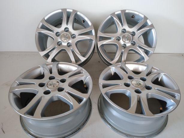 Felgi aluminiowe 15 Toyota Hyundai Renault Kia 5x114.3