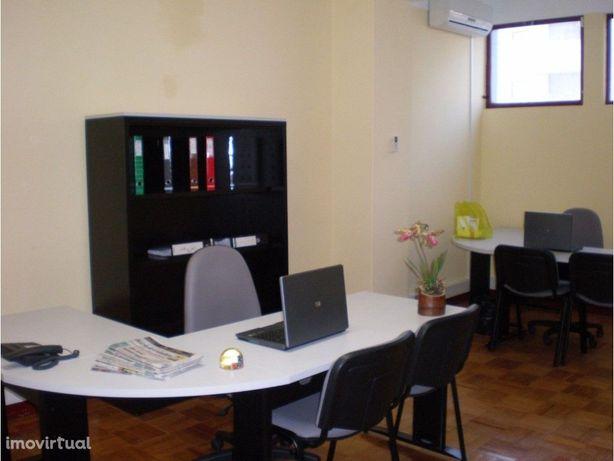 Salas de escritório à Av. Fernão de Magalhães, Coimbra