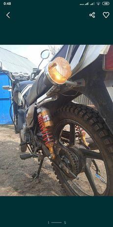 Мотоцикл спарк 150