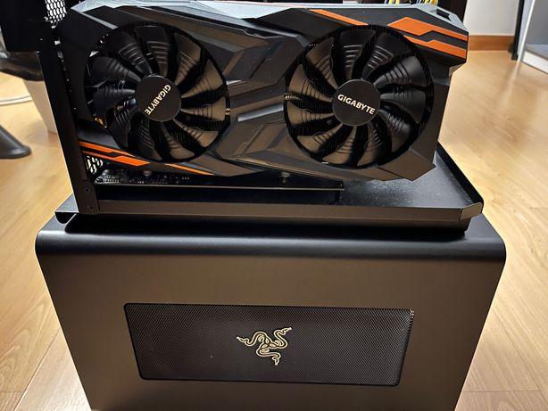 Razor Core X + AMD Vega 64 8GB