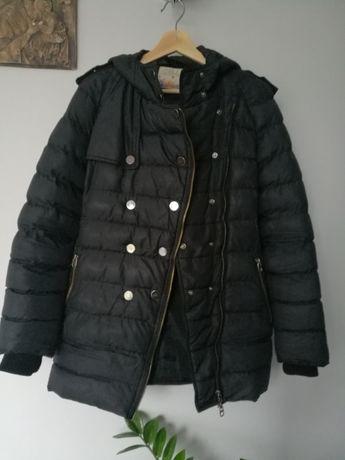 Kurtka czarna zimowa, dłuższa, z kapturem pikowana ciepła rozmiar L 40
