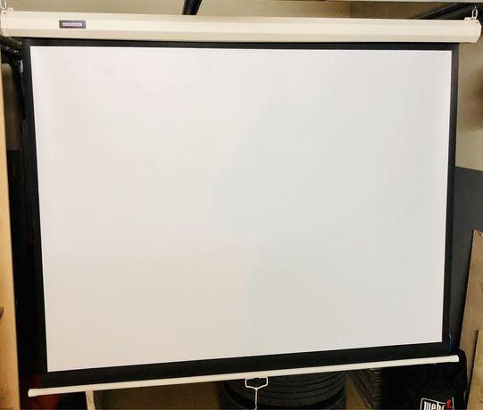 Ekran projekcyjny Kraftmann