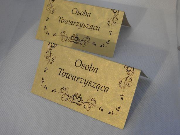 winietki złote srebrne szare wizytówki numery stołów plany stolików.