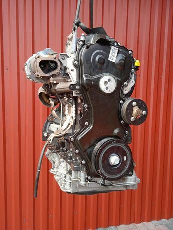 Двигатель M9R E780 2.0 Двигун Trafic Vivaro Мотор Primastar