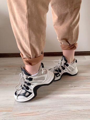 Кросівки шкіряні італійські, 36 розмір