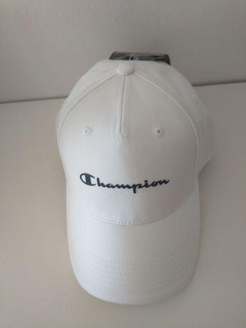 Biała czapka Champion