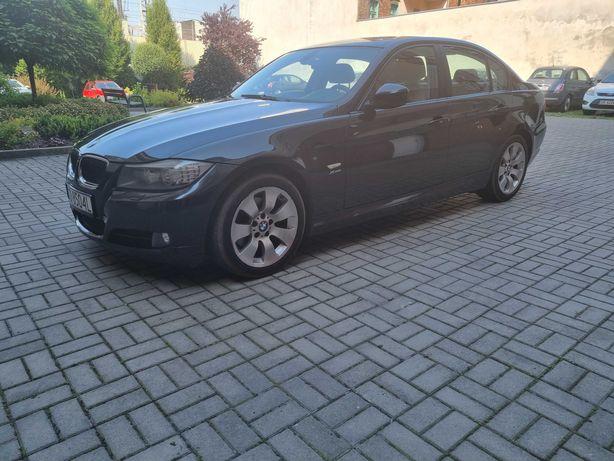 BMW E 90 320 xd 177 km czarna  lift