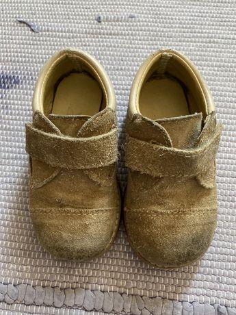 Sapatos carneira de criança