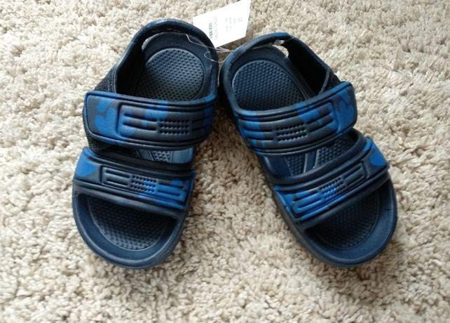 Nowe sandały sandałki z metkami 5-10-15, r. 25 wkładka 15 cm