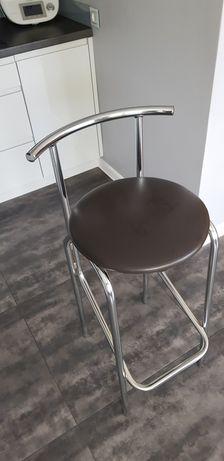 Hokery, wysokie krzesła