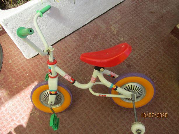 Mini bicicleta/triciclo para criança, como nova