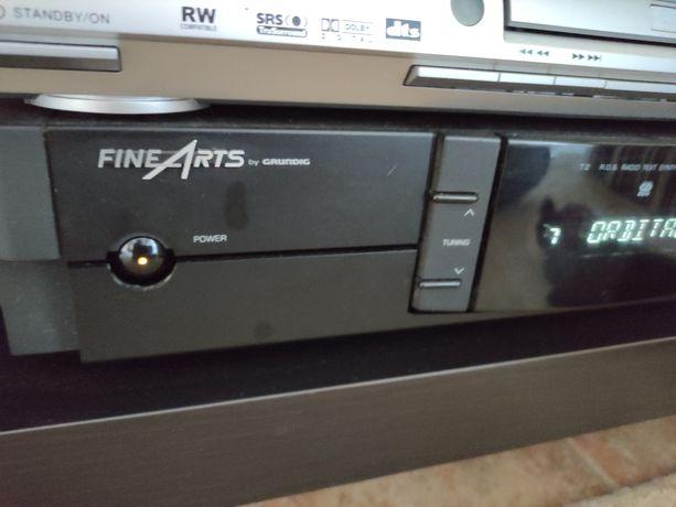 Sintonizador de rádio Grundig Fine Arts