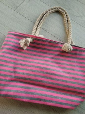 Neonowa różowa torebka w paseczki