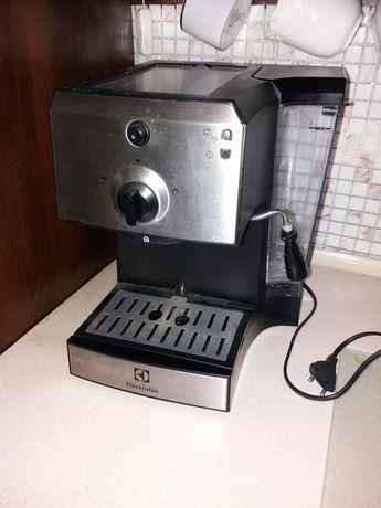 Ekspres do kawy EEA111 - BDB stan! 30% ceny!