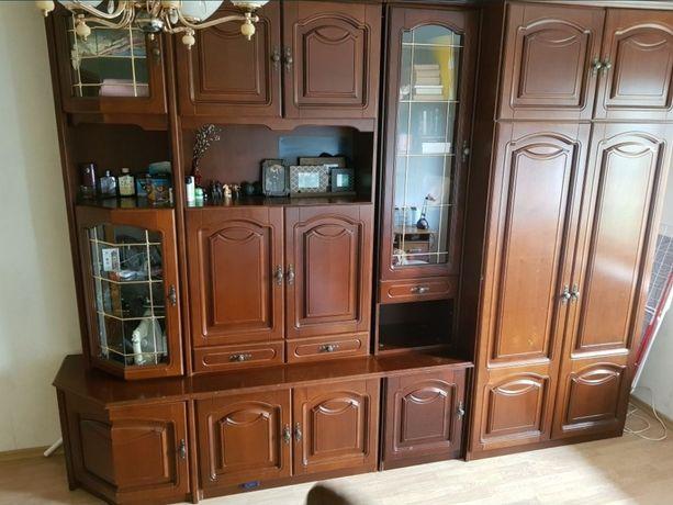 Продам румынскую шкаф-стенку