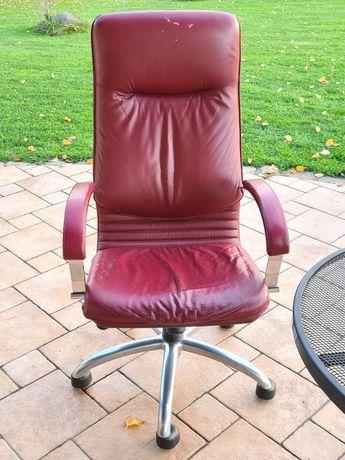 Fotel biurowy obrotowy bordowy skórzany czerwony