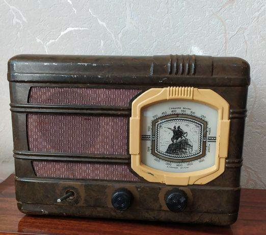 Радиоприемник АРЗ СССР 50-х годов