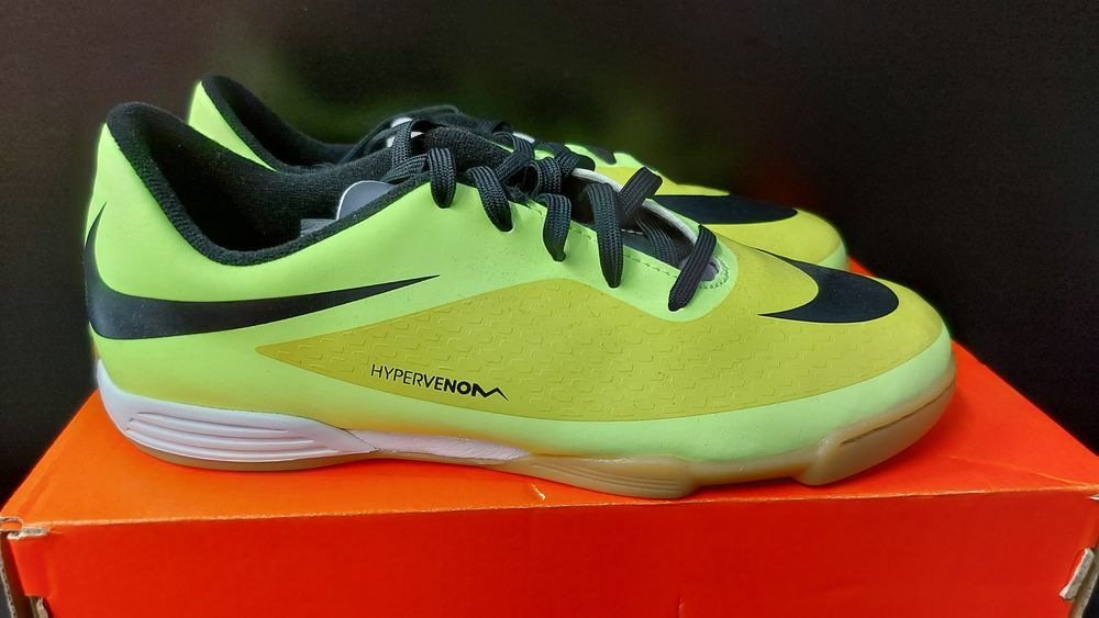 Buty halówki dziecięce Nike Hypervenom Phade IC rozmiar 38 Nowe