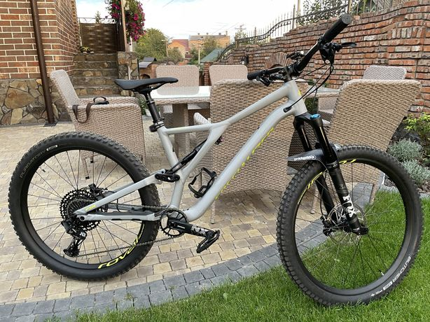 Велосипед Specialized Stumpjumper Comp Alloy 29 L    ІДЕАЛ, ЯК НОВИЙ!