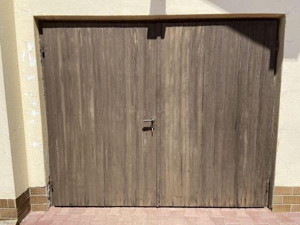 Drzwi garazowe z ościeżnicą dębowe