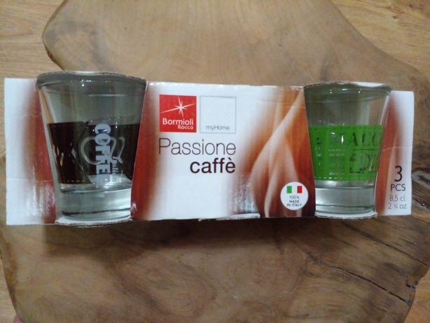 Чашки-стаканчики на каву еспресо