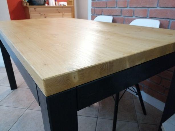 Stół drewniany nowy