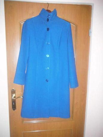 Nowy damski płaszcz