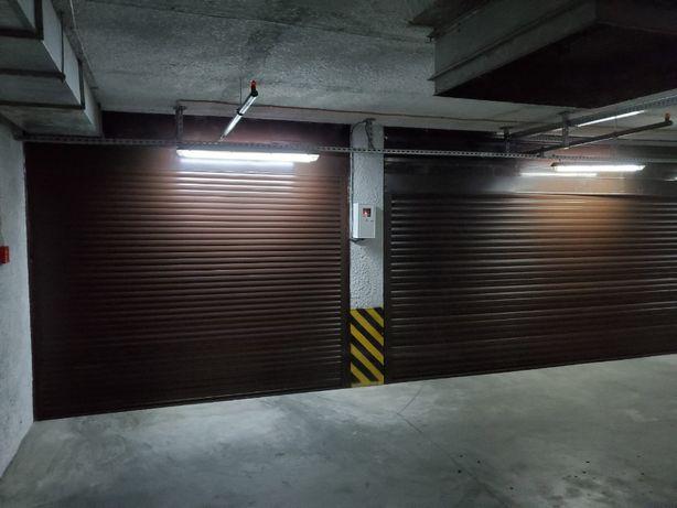 Сдам в аренду гаражный бокс под ролетом в подземном паркинге Бажана 16