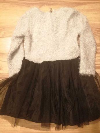 Śliczna sukienka dla dziewczynki rozmiar 128