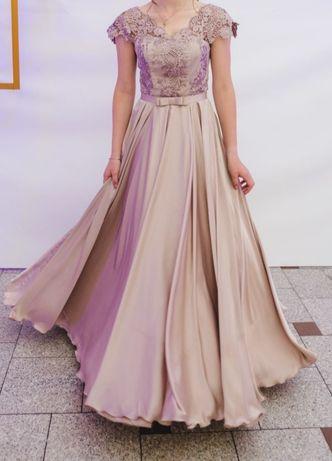 Випускне плаття в хорошому стані