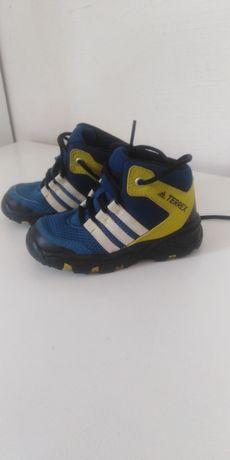 Adidas 14,5 устілка.