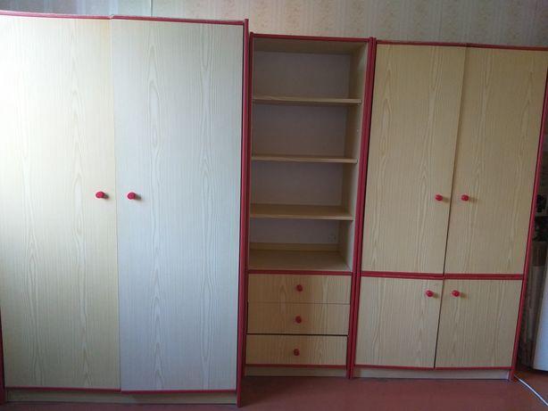 Продаю стенку в детскую комнату, производство Германия