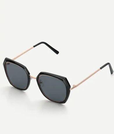 Стильные солнцезащитные очки в черной оправе с чехлом!