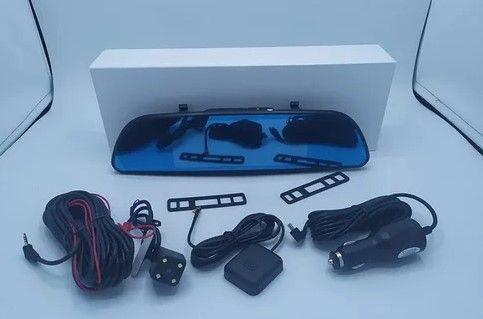 """2 активных камеры - Зеркало регистратор, дисплей 7.0"""" сенсорный."""
