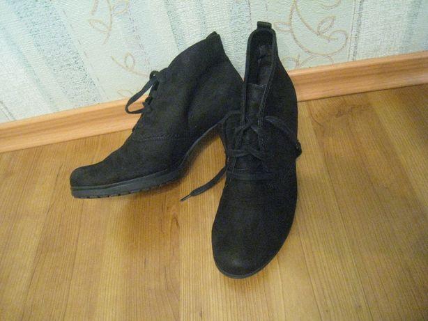 демисезонные кожаные женские ботинки GABOR на р38 -25см