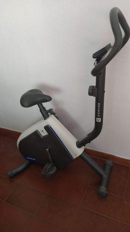 Bicicleta estatica Domyos VM230