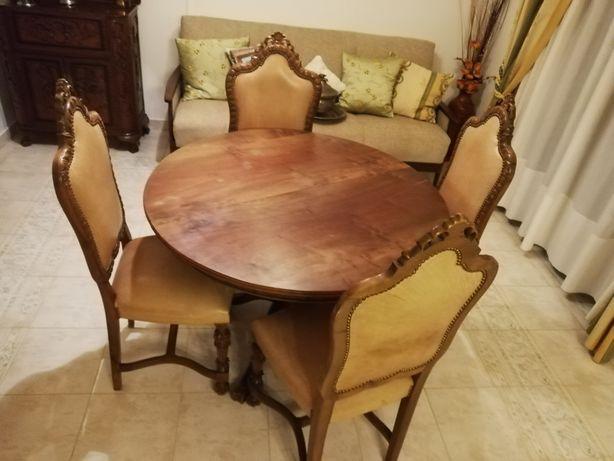 Mesa de sala antiga com 6 cadeiras