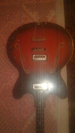 Гитара 4-ёх странная