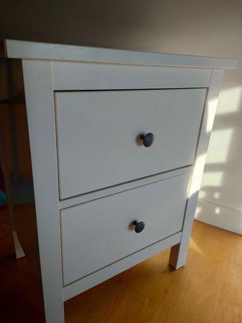 Mesa de cabeceira branca _ Ikea Hemnes