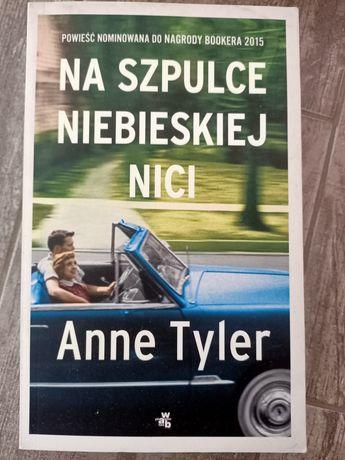 Na szpulce niebieskiej nici Anne Tyler