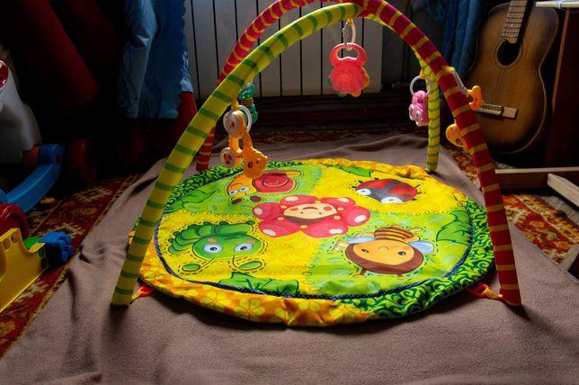 Детский развивающий коврик с дугами