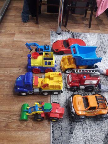 Машинки игрушки!!