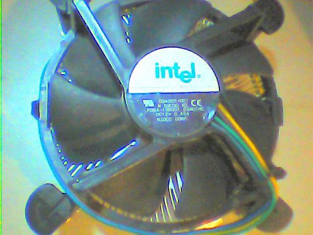 Процессорный кулер (сокет 775) - 400р.