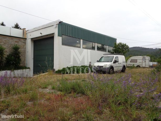 Armazém industrial - Covas (VNC)