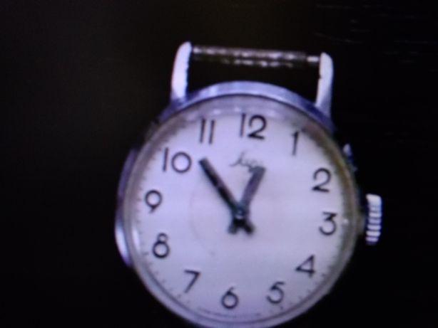 Часы ручные луч электроника ссср